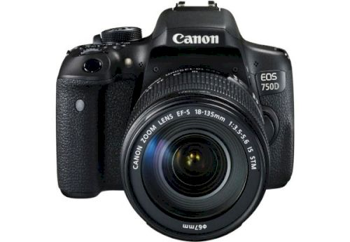 Фотоаппарат Canon EOS 750D 18-135 IS STM Kit