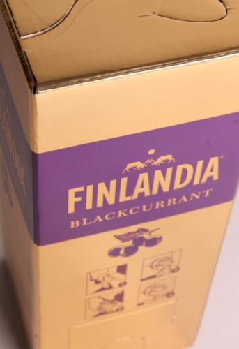 ВОДКА FINLANDIA BLACKCURRANT (ФИНЛЯНДИЯ СМОРОДИНА) - 2 ЛИТРА